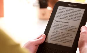 Kindle拥抱中国网文世界,但忠实用户会用它读网文吗