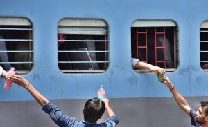 印度铁路改革新动作:将推经济型空调车厢,工作人员还要换装