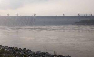 三峡水库运行14年罕见:防汛拦截七成上游水,宜昌现枯水位