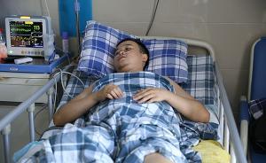 重庆跳车救人失右腿铁路工同事:他5年前也救过横穿轨道老人