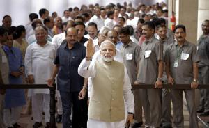 """印度总统选举开始投票,将诞生第二位出身""""贱民""""阶层总统"""