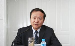 新疆阿勒泰原地委书记邓章武涉嫌受贿罪被立案侦查
