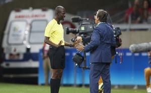 国际足联:世预赛南非与塞内加尔队将重赛,裁判涉嫌操纵比赛