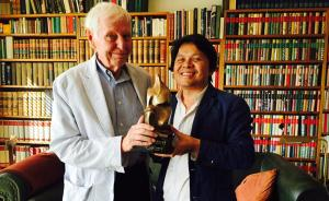 """德国诗人恩岑斯贝格获""""诗歌与人·国际诗歌奖"""",他酷爱鲁迅"""