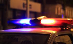 湖北一盲人因妻闹离婚欲自杀并报警,警方通话1小时将其救下
