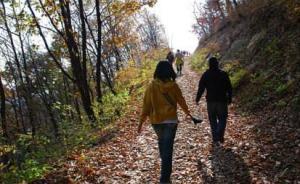 20名北大学生登百花山迷路,民警提醒:野山危险要做足功课