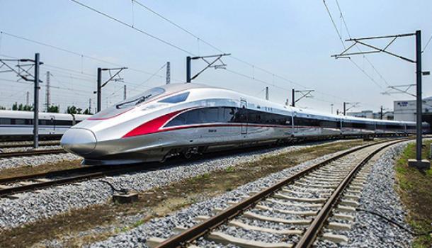 铁总:时速350公里复兴号运营满月,平均客座率95%