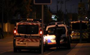 法国图卢兹汽车冲撞3名中国学生,重伤者手术成功