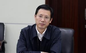 安徽省委副秘书长、政研室主任方正兼任省委办公厅主任