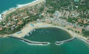 斯里兰卡将汉班托塔港经营权移交中国:要建成斯里兰卡蛇口