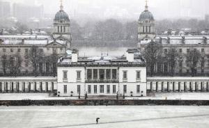 当地时间2017年12月10日,英国伦敦,当地迎来强降雪。视觉中国 图