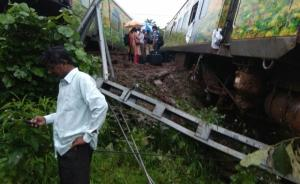 两周内第三起:印度今晨再次发生火车脱轨致多人受伤
