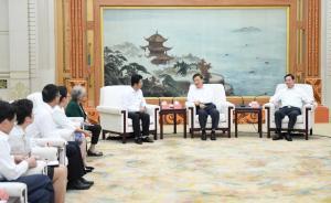 刘云山:大力弘扬塞罕坝精神,持续推进生态文明建设