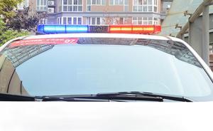 媒体:执法车无牌上路不应止于查扣,应追究有关负责人的责任